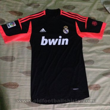 Real Madrid Goalkeeper football shirt 2012 - 2013