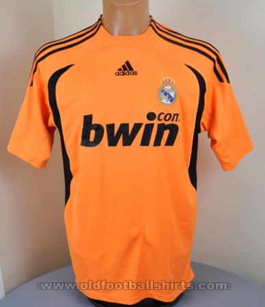 Real Madrid Goalkeeper football shirt 2009 - 2010