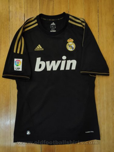 Real Madrid Away football shirt 2011 - 2012