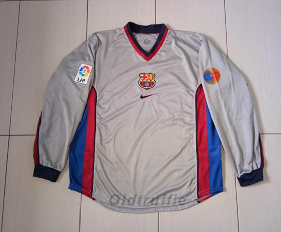 Barcelona Away football shirt 2000 - 2001.