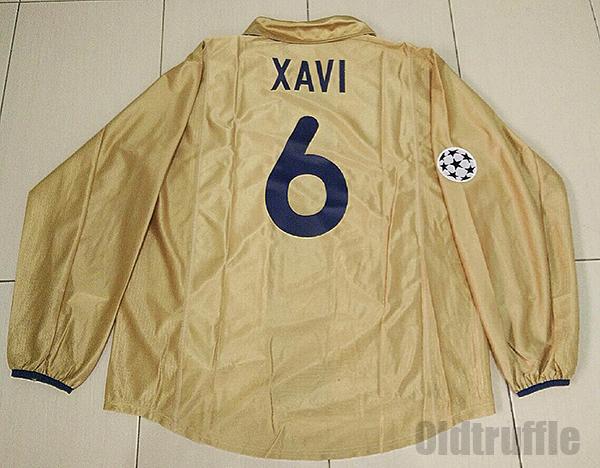 Barcelona Away baju bolasepak 2001 - 2003.