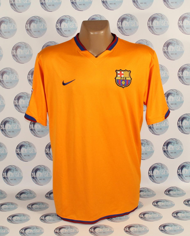 Barcelona Fora Camisa De Futebol 2006 2007