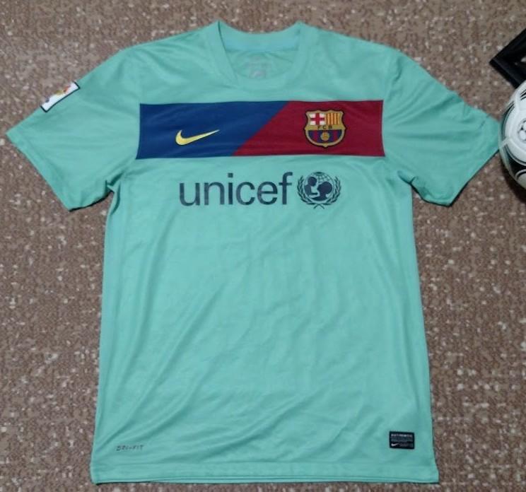 1cff3e295a0 Barcelona Away football shirt 2010 - 2011. Sponsored by Unicef