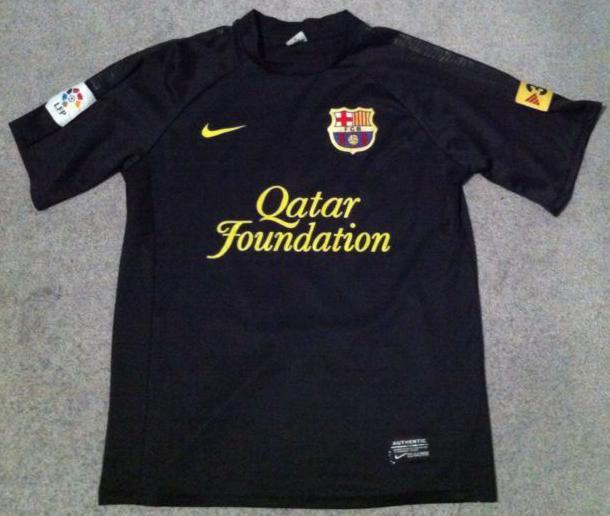 new style 33123 bd3e9 Barcelona Away football shirt 2011 - 2012. Sponsored by ...