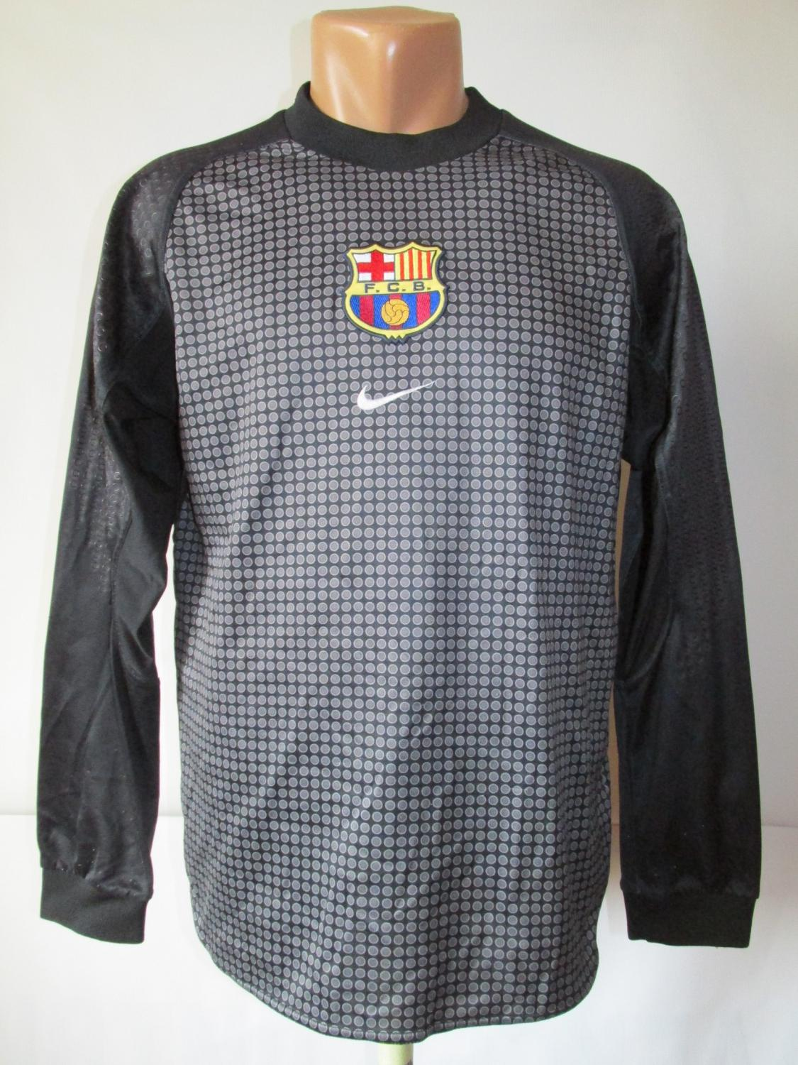 barcelona goalkeeper football shirt 2000 2001 old football shirts