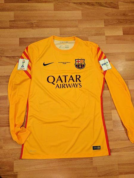 buy popular 701e6 f3f20 Barcelona Goalkeeper חולצת כדורגל 2015 - 2016.