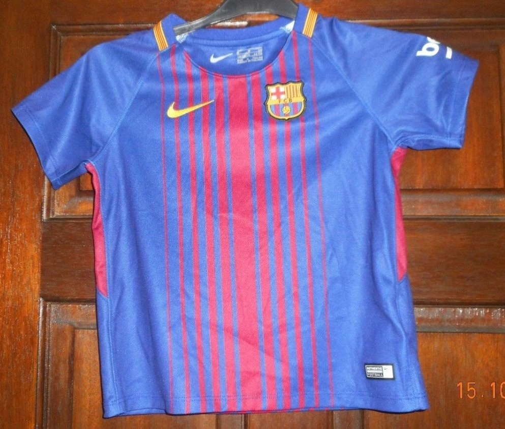 the best attitude d21a8 ddb03 Barcelona Home football shirt 2017 - 2018.