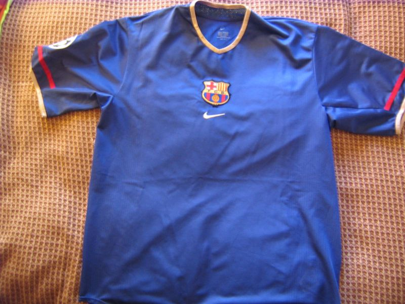 Barcelona Il Terzo maglia di calcio 2001 - 2002.