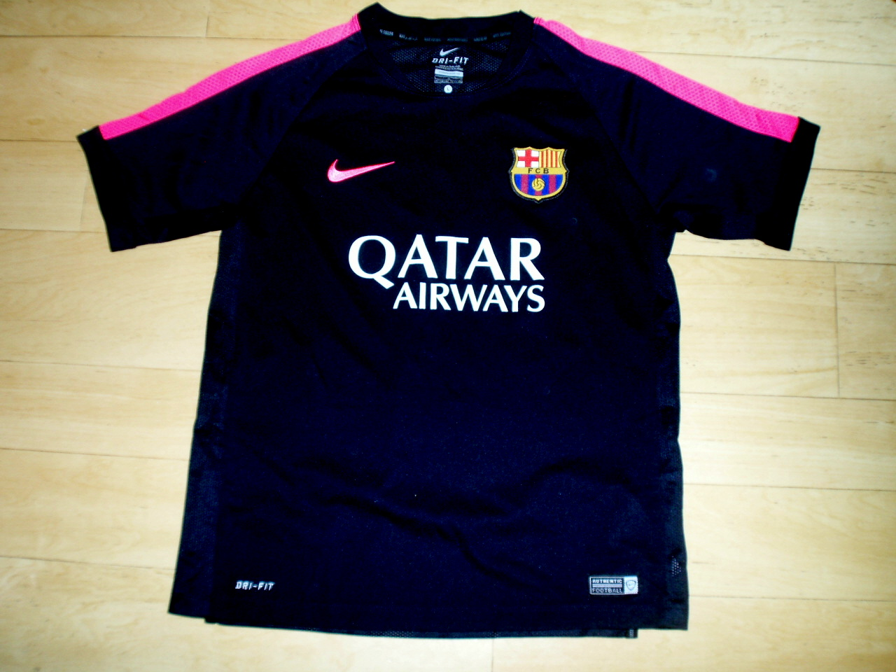 cbb36b74368 Barcelona Training/Leisure Maillot de foot 2014 - 2015.