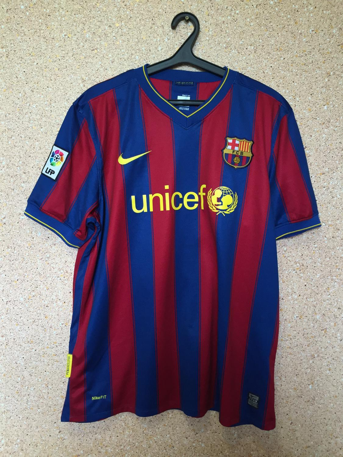 ecf40618cc4 Barcelona Home football shirt 2009 - 2010. Sponsored by Unicef