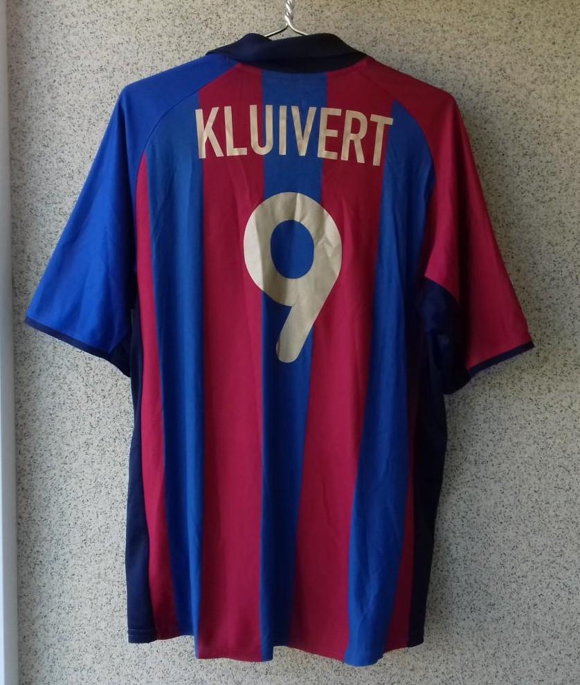 timeless design 5de13 ab0ac Barcelona Home football shirt 2001 - 2002.