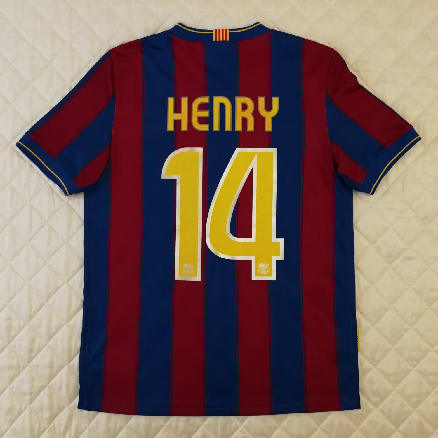 Barcelona Home football shirt 2009 - 2010. Sponsored by Unicef 3a8c882f0