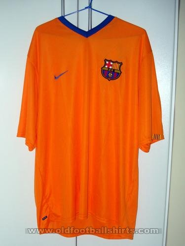 Barcelona Away football shirt 2006