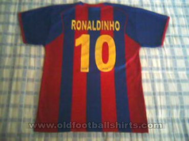 Barcelona Retro Replicas football shirt 2004 - 2005