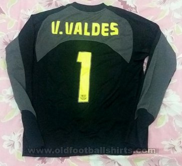 Barcelona Goalkeeper football shirt 2004 - 2005