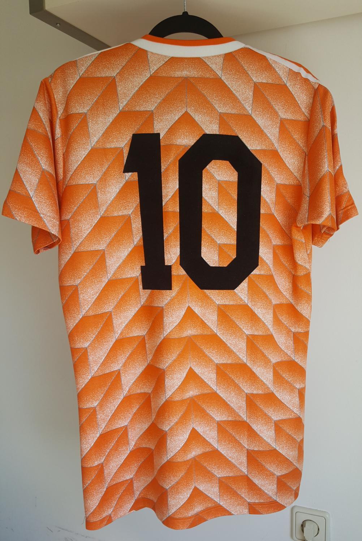 5b13a00710c Netherlands Home Maillot de foot 1988.