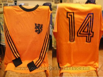 Netherlands Home football shirt 1976 - 1977