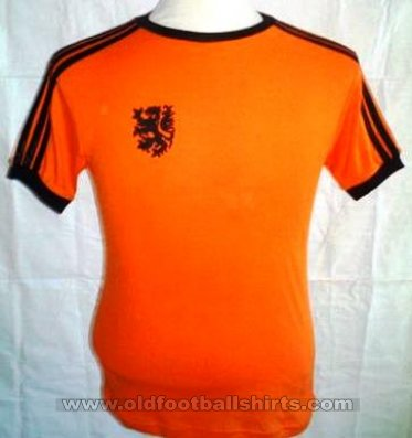 Netherlands Home football shirt 1976