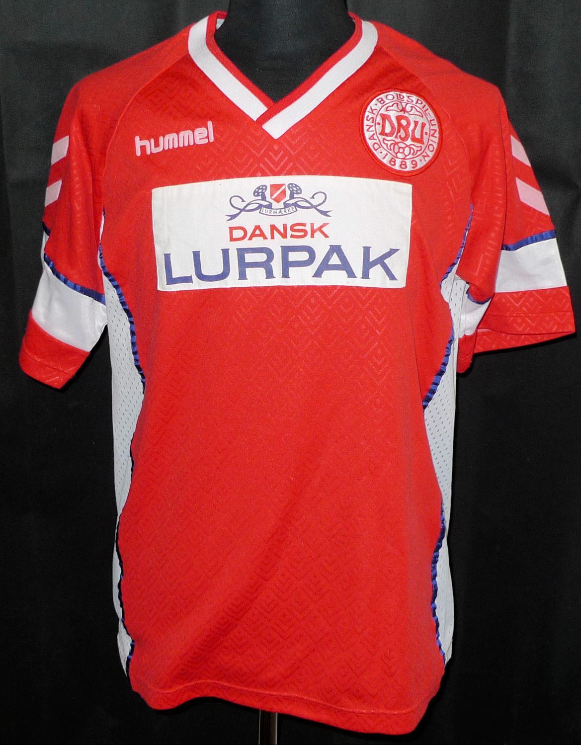 e4828e2487b Denmark Home Maillot de foot 1990 - 1992.