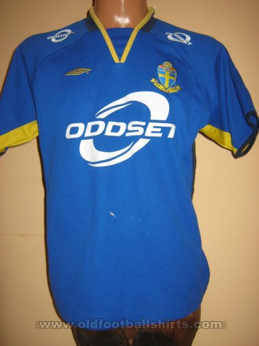 Sweden Away football shirt 2003 - 2004