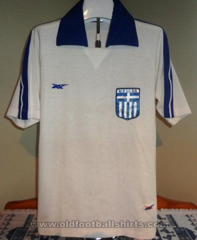 Greece Home futbol forması 1980 - 1981
