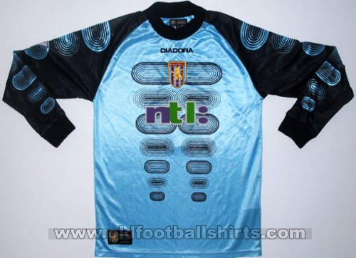 Aston Villa Goalkeeper football shirt 2002
