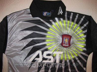 Aston Villa Goalkeeper football shirt 1997 - 1998