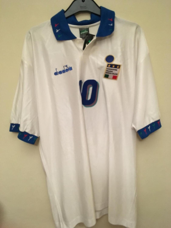 Italy Away football shirt 1994.