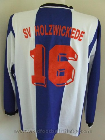 SV Holzwickede Home baju bolasepak (unknown year)