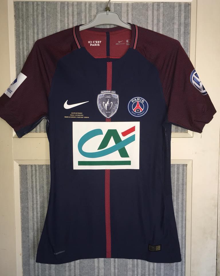 low priced 43c73 7b77a Paris Saint-Germain Cup Shirt football shirt 2017 - 2018 ...