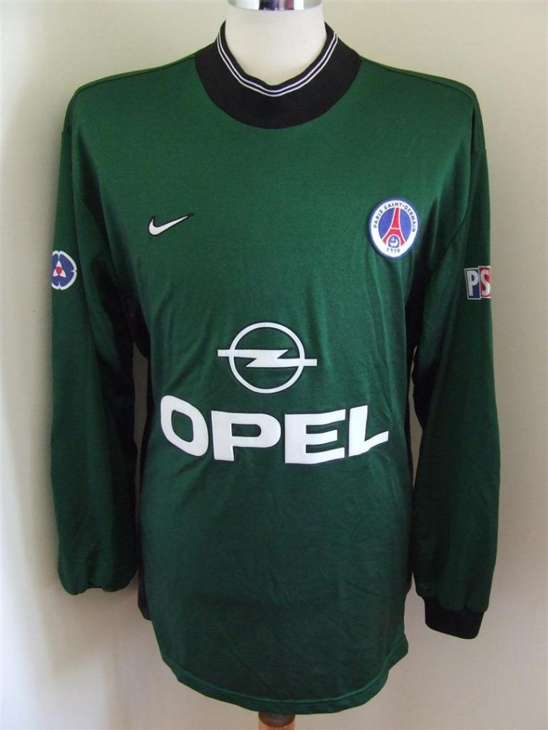 98838a642 Paris Saint-Germain Goalkeeper Maillot de foot 1996 - 1997.