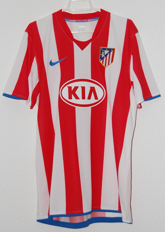 Atletico Madrid Local Camiseta de Fútbol 2008 - 2009. Añadido 2013-03-14, 23:12