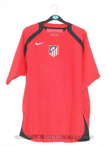 Atletico Madrid Training/Leisure football shirt 2005 - 2011
