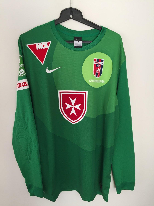 MOL Fehérvár FC Goalkeeper football shirt 2013 - 2014.
