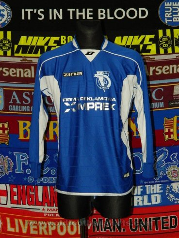 ZKS Unia Tarnow Home football shirt (unknown year)