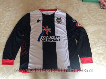 Levante Away football shirt 2009 - 2010
