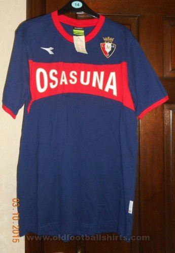 Osasuna Training/Leisure football shirt (unknown year)
