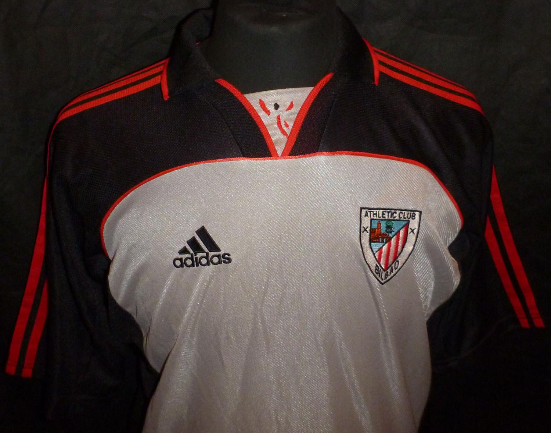 super popular b6d86 8b988 Athletic Bilbao Away football shirt 2001 - 2002.