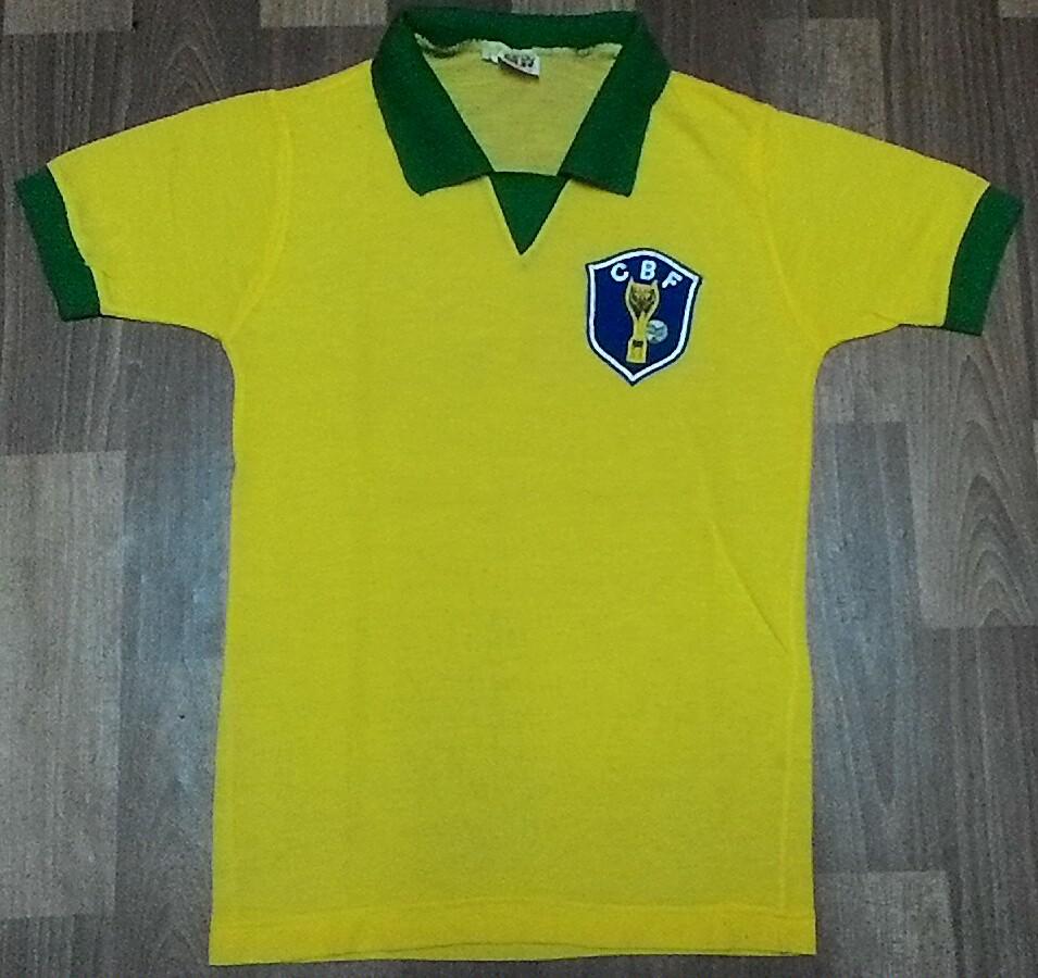 6a3cc6586 Old Brazil football shirts and soccer jerseys