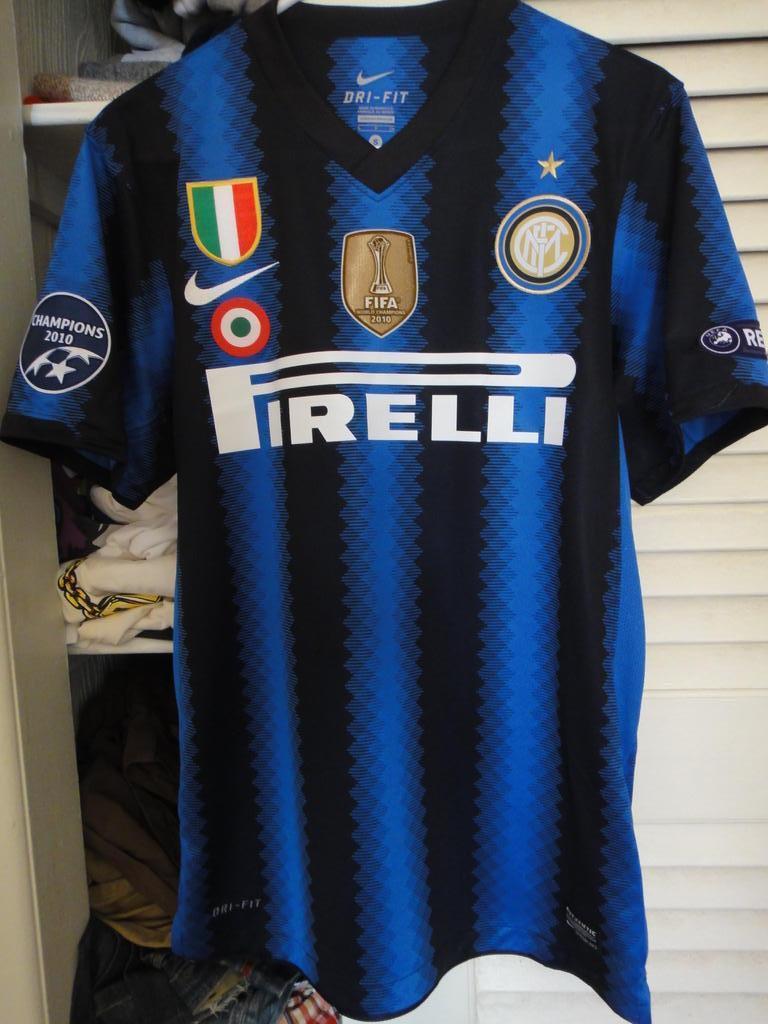 Internazionale Maglia di Coppa maglia di calcio 2010 - 2011.
