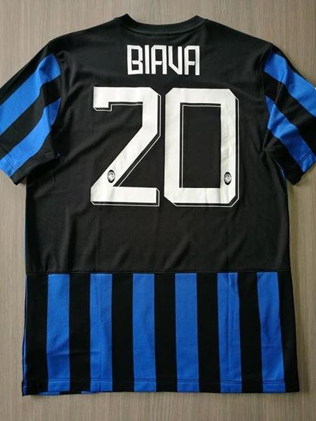 Atalanta Home football shirt 2014 - 2015. Sponsored by SuisseGas