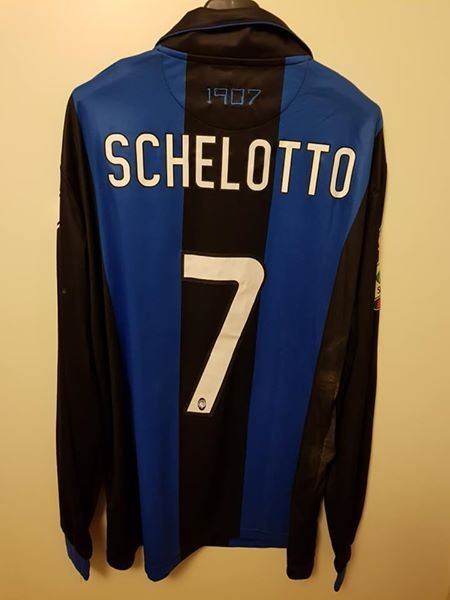 Atalanta Home maglia di calcio 2012 - 2013. Sponsored by AXA