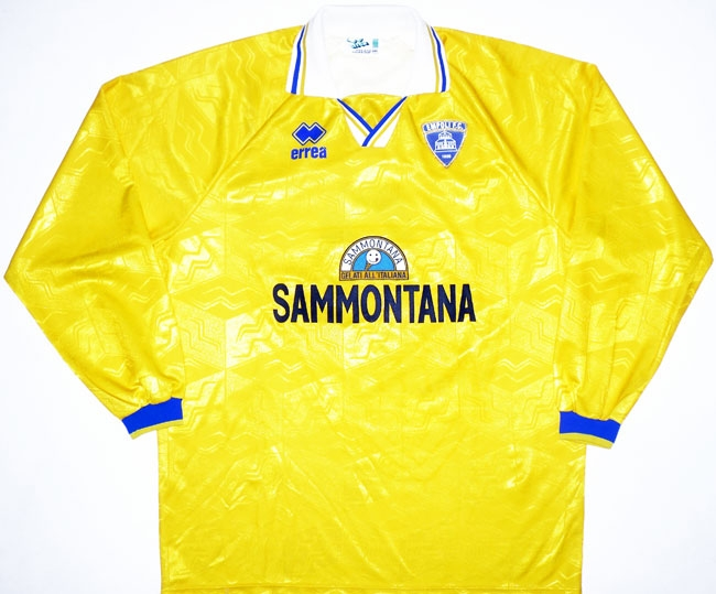 https://www.oldfootballshirts.com/img/shirts/349/empoli-away-football-shirt-1996-1997-s_29057_1.jpg