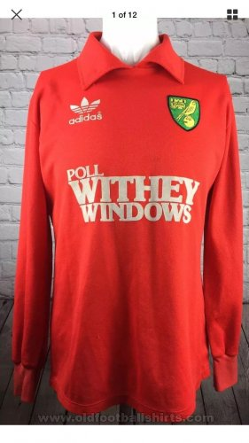 Norwich City Goalkeeper Camiseta de Fútbol 1983 - 1984