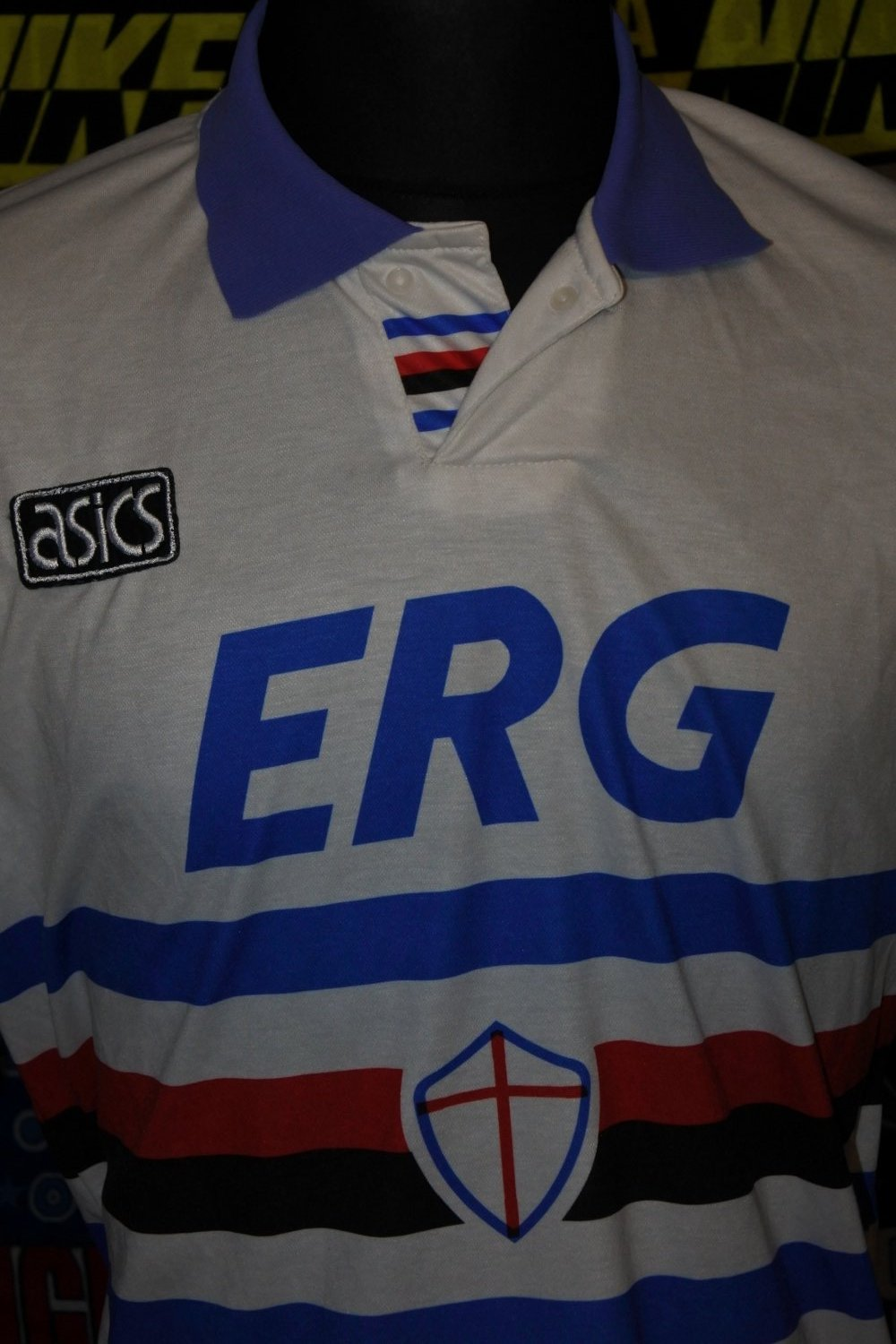 0c038463b5431f Sampdoria Away Maillot de foot 1992 - 1993.