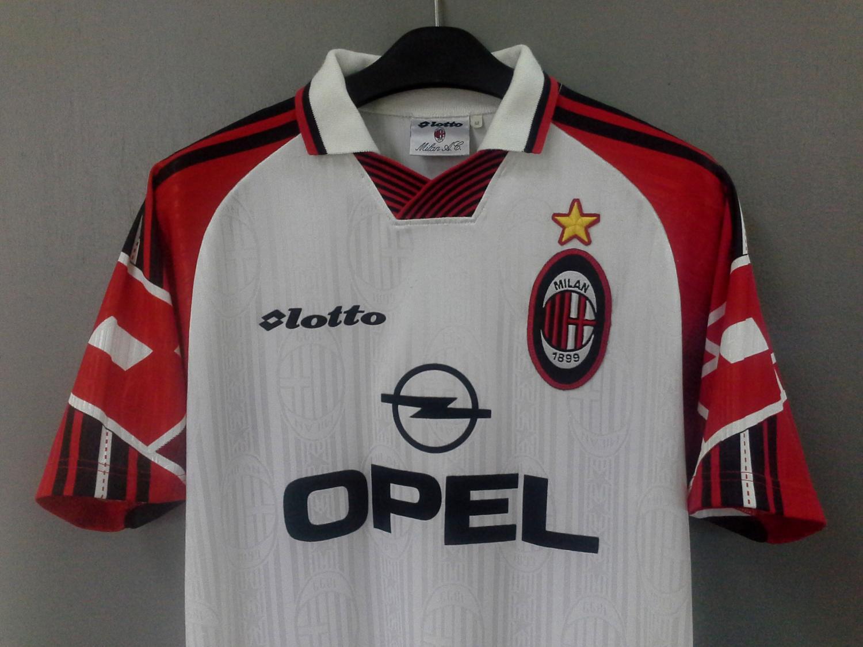 5532d3bd92e AC Milan Away fotbollströja 1997 - 1998. Sponsored by Opel