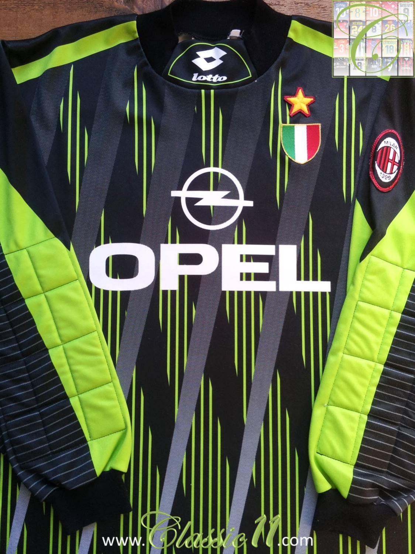 f2b3eab7bd2 AC Milan Goalkeeper maglia di calcio 1996 - 1997. Sponsored by Opel