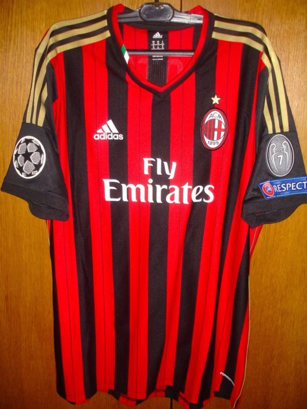 ac milan football shirts Photo
