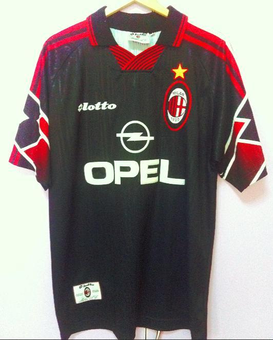 e96c0fd7859 AC Milan Third חולצת כדורגל 1997 - 1998. Sponsored by Opel