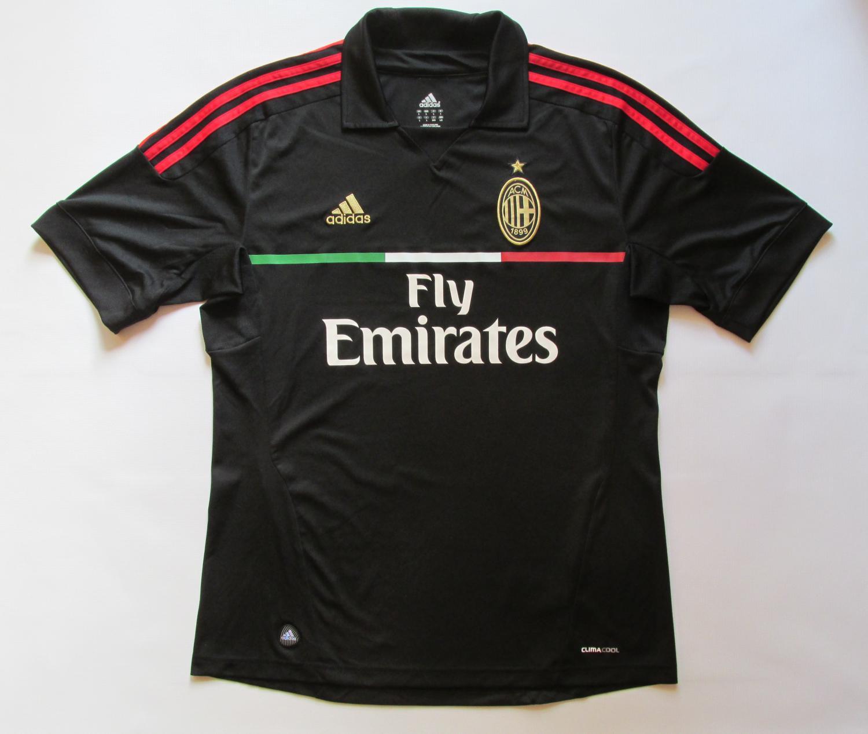 b102234e5 AC Milan Third Camiseta de Fútbol 2011 - 2012. Sponsored by Emirates
